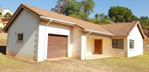 Ezulwini - Umdoni ... 3 bedroom House To Let (Available Now)