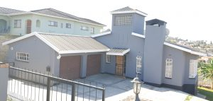 Mbabane - Beverly Hills ... 3 Bedroom House with Double Garage For Sale at Mbabane, Eswatini for 1700000